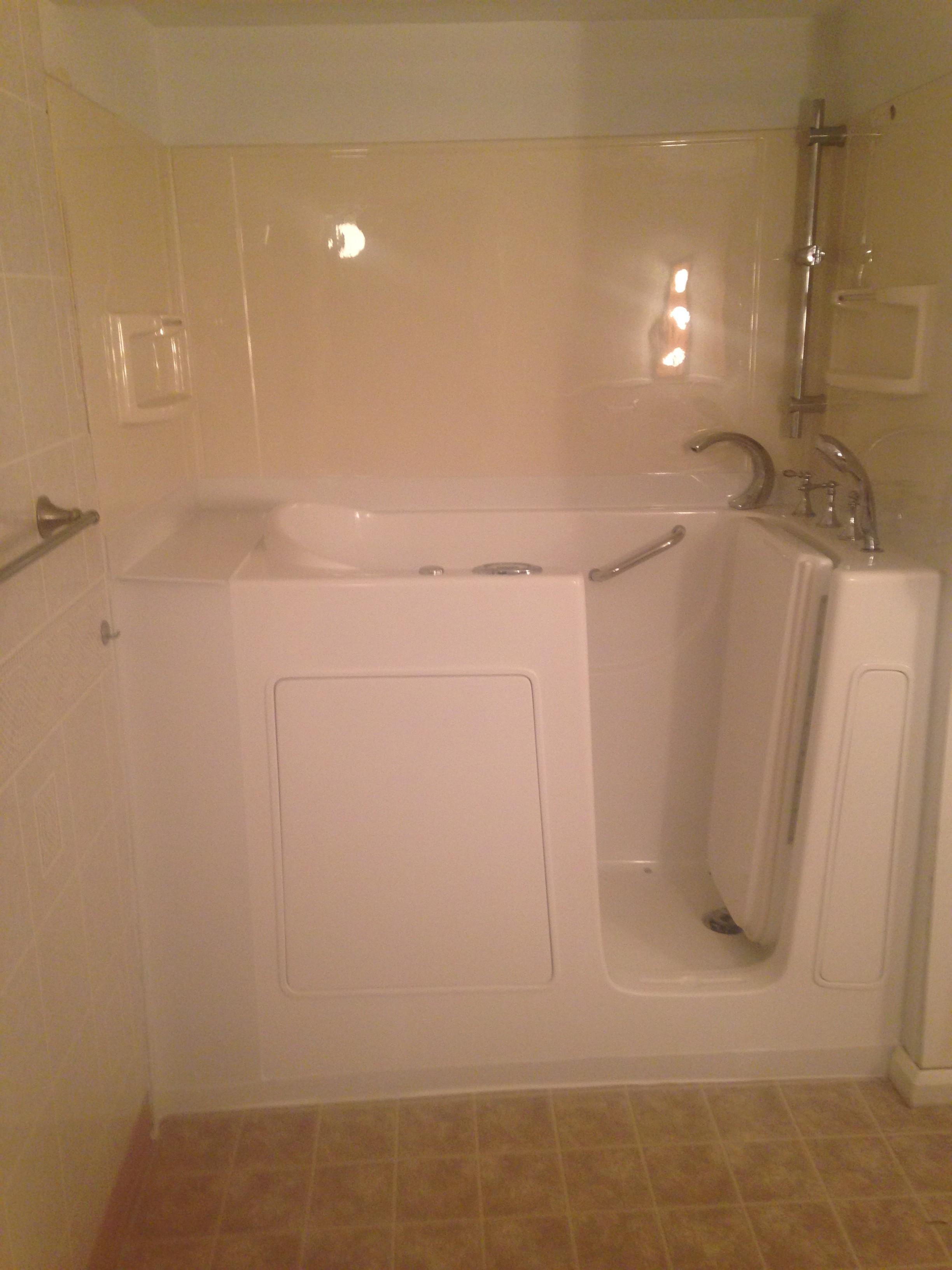 Walk In Bathtub With Grab Bar On Exterior Wall Mansfield Oh Quality Design Renovations Llc